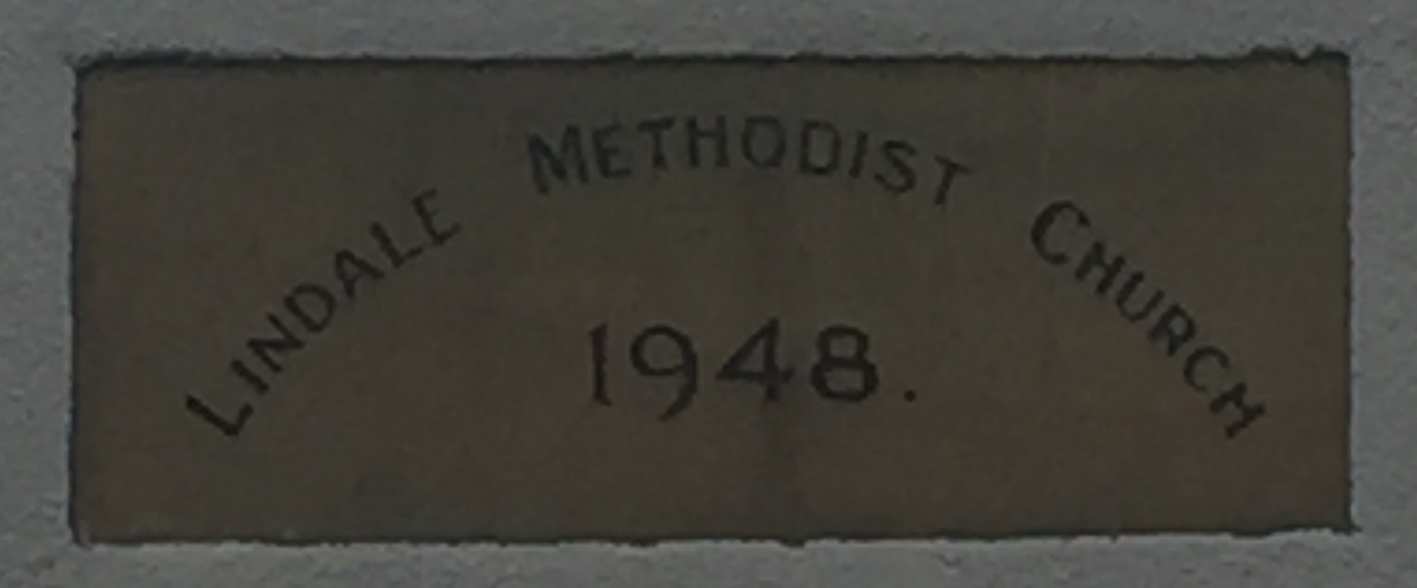 Stone showing name of Lindale Methodist Church and date of 1948